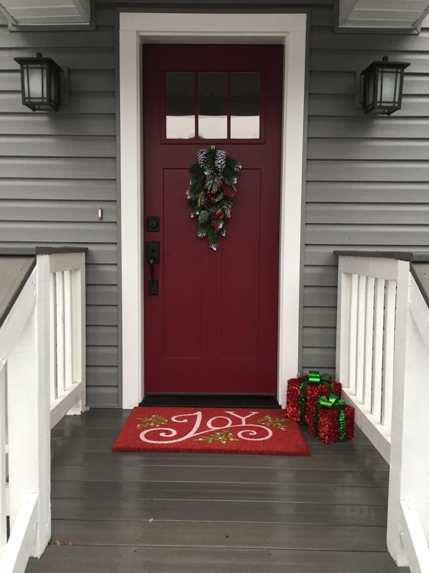 21-christmas-door